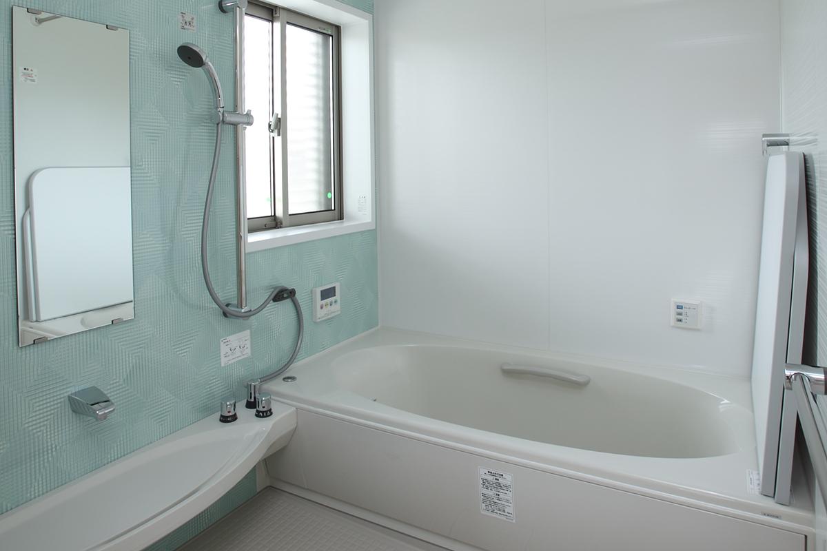バスルームは広めの1.25坪